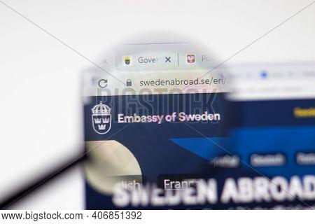 Los Angeles, Usa - 1 February 2021: Embassy Of Sweden Website Page. Swedenabroad.se Logo On Display