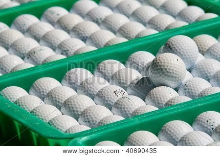Golf in thegree tray