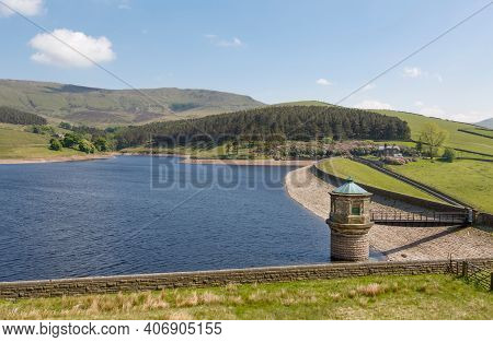 Kinder Reservoir, A Water Storage Reservoir For Drinking Water In Peak District, Derbyshire, Uk. Kin