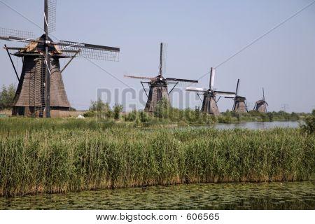 Dutch Windmills In Kinderdijk 7