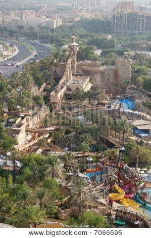 Dubai, Birleşik Arap Emirlikleri - 27 Ağustos: Wild Wadi Su Parkı. O çok Seven Jumeirah içinde yer almaktadır