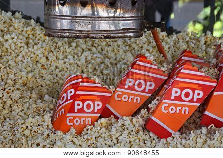 Fresh Popcorn Antique Popper Machine