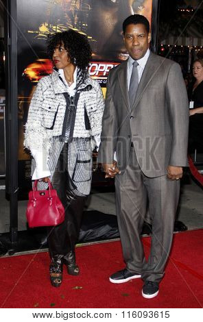 Pauletta Washington and Denzel Washington at the Los Angeles Premiere of