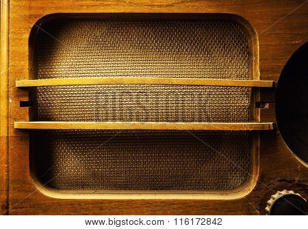 Old Wooden Radio Design