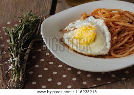 Fried Egg And Spaghetti Rustic