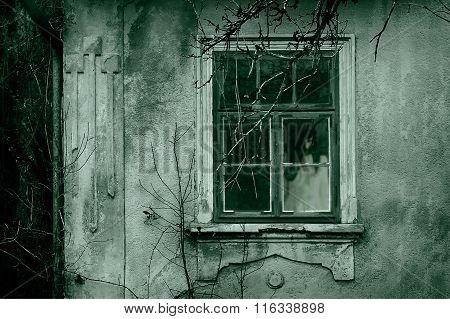 Haunted Horror Woman Scene