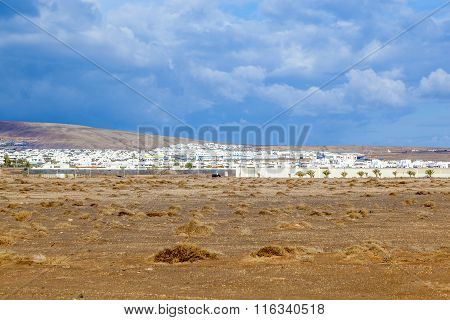 Urbanisation Project In Playa Blanca With Newly Built Houses