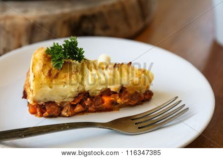 Baked Irish pie with minced meat