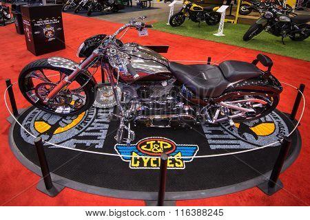 Customized Harley-davidson FXSBSE CVO Breakout