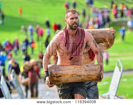 Farinato Race - Extreme Obstacle Race In Gijon, Spain.