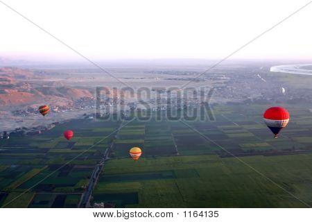 Ballooning In Egypt