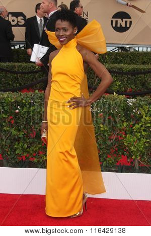 LOS ANGELES - JAN 30:  Sola Bamis at the 22nd Screen Actors Guild Awards at the Shrine Auditorium on January 30, 2016 in Los Angeles, CA