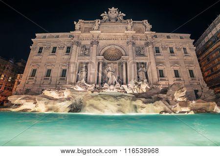 Rome, Italy: Trevi Fountain, Italian: Fontana di Trevi, at night