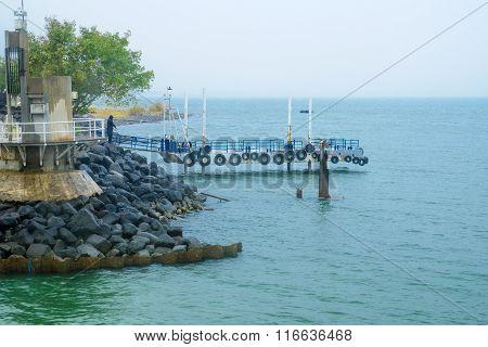 Pier In Ein Gev