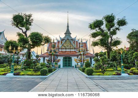 Demon Guardian In Bangkok Wat Arun