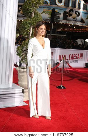 LOS ANGELES - FEB 1:  Maria Menounos at the Hail, Caesar World Premiere at the Village Theater on February 1, 2016 in Westwood, CA