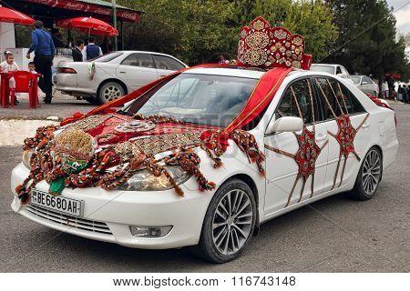 Kov-ata, Turkmenistan - October 18: Wedding Car Decorated With Turkmen National Style. Kov-ata