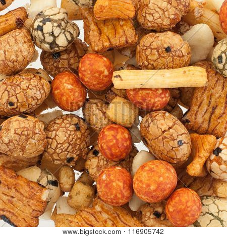 Mix Of Japanese Rice Nuts