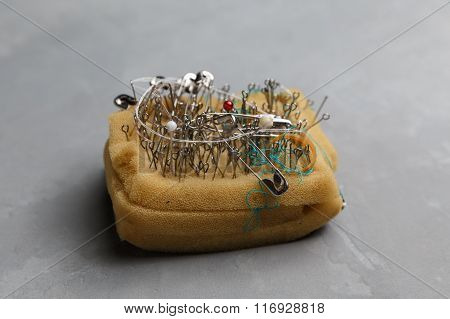 Pin Cushion With Sewing Pins