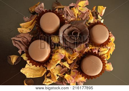 milk chocolate rose truffle petals flower bouquet