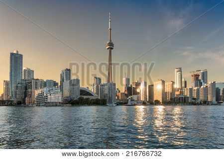 Spectacular Toronto skyline at sunset, Toronto, Ontario, Canada.