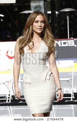 LOS ANGELES - NOV 30:  Jennifer Lopez at a press conference to announce Jennifer Lopez as the new national spokesperson for Boys & Girls Clubs of America in Los Angeles, CA on November 30, 2010