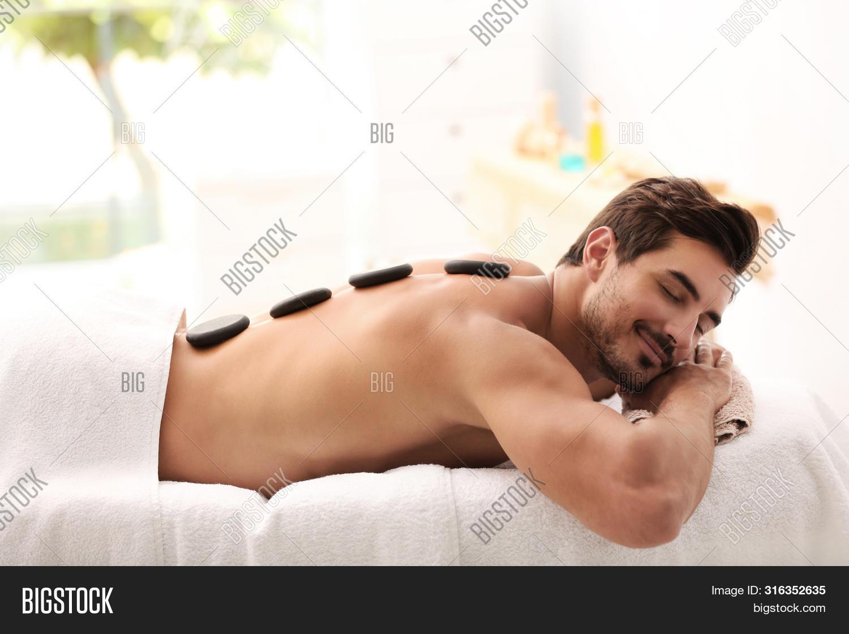 Sexy spanish nude girl