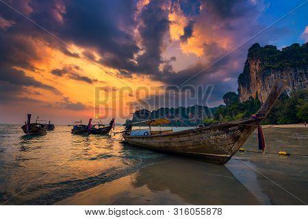 Railay Beach, Thailand - April 4, 2018 : Dramatic Sunset Over Railay Beach At Krabi, Thailand, With