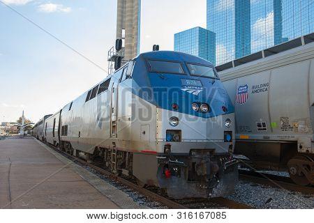 Dallas, Tx, Usa - Dec. 9, 2018: Amtrak General Electric Ge P42dc Genesis Locomotive In Dallas Union