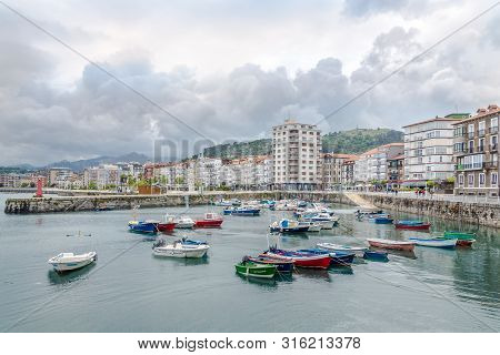 Castro Urdiales,spain - May 17,2019 - View At The Waterfront And Harbour In Castro Urdiales Town. Ca