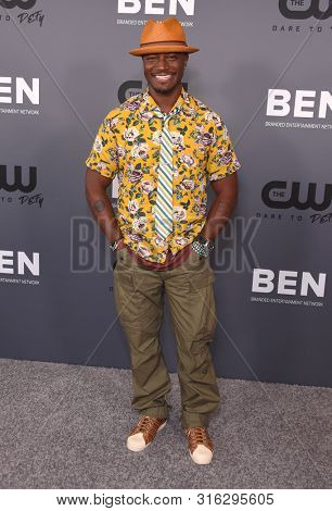 LOS ANGELES - AUG 04:  Taye Diggs arrives for the CW's Summer TCA All Star Party on August 04, 2019 in Beverly Hills, CA