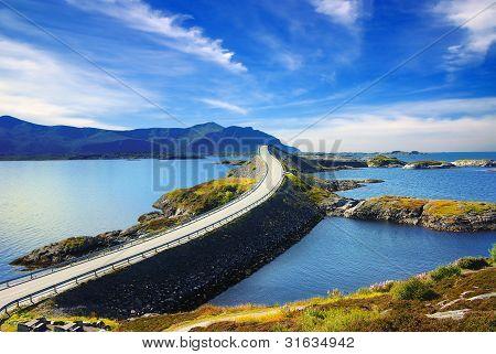 malerische Landschaft, Norwegen. Atlanterhavsvegen
