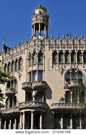 The Casa Lleo Morera was constructed in 1864 but renovated in 1902 designed by Lluis Domenech i Montaner. In 1906 it received an award for the best building of the year from the Barcelona City Council. poster