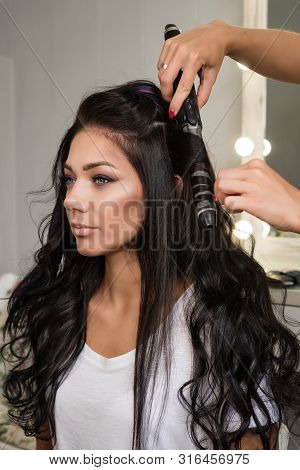 Creating Hairstyle.