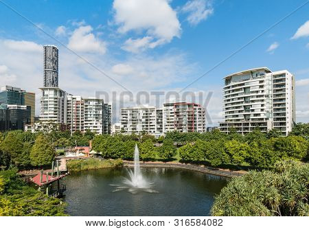 Brisbane, Australia - May 12, 2017: Roma Street Parkland With Skyscrapers And Tower Blocks In Brisba
