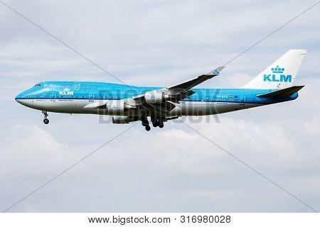 Amsterdam / Netherlands - July 3, 2017: Klm Royal Dutch Airlines Boeing 747-400 Ph-bfs Passenger Pla