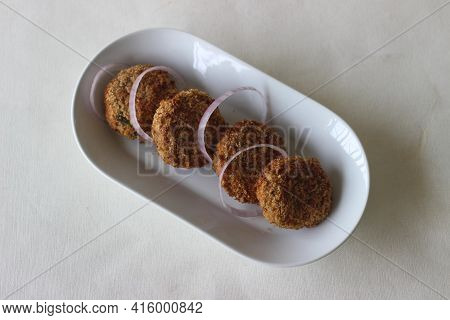Light Brown Color Chicken Cutlets Made In The Air Fryer.