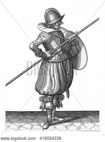 The exercise with shield and spear: the soldier brings in two during the spear in position for towing, first movement, vintage engraving.