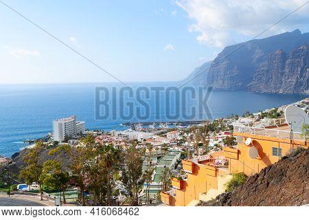 Puerto Del Santiago, Tenerife Islas Canarias, Spain