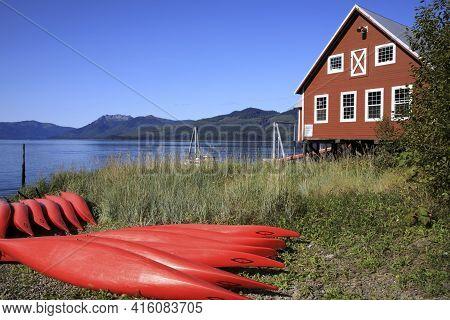 Strait Point, Alaska / Usa - August 13, 2019: Canoe At Strait Point, Strait Point, Alaska, Usa