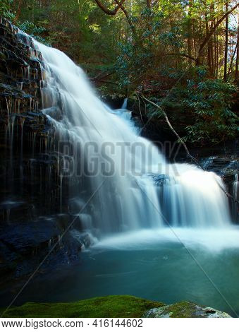 Melton Creek Falls Obed National Scenic River In Eastern Tennessee During Peak Falls Colors