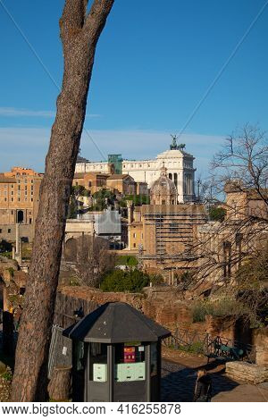 Carriage Of Altare Della Patria Monument, Rome, Italy