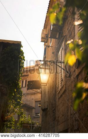 Stown Street In The Old Town. Traditional Mediterranean Narrow Street. European Travel. Famous Popul
