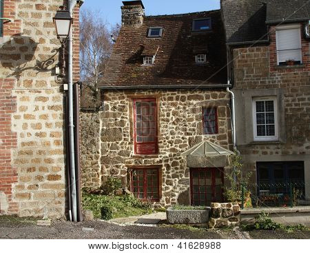 Stone Cottage In Nfrance