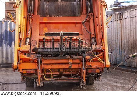 Moscow Region. Russia. Autumn 2020. Garbage Truck At The Sorting Station. Classic Garbage Truck For