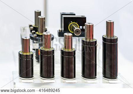 Various Type And Size Nitrogen Gas Spring Shock Absorber For Injection Plastic Mold And Die Casting