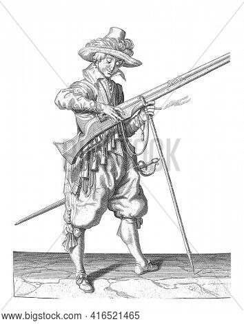 Soldier on duty who gives the fuse on the cock of his musket the right place and shape, vintage engraving.