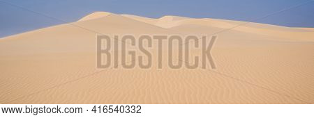 Desert - Global Warming. Huge Dunes Of The Desert. Fine Place For Photographers And Travelers. Beaut