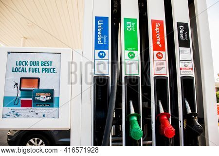 Sydney, Australia - 2020-11-29 7 Eleven Petrol Service Station And Mobile App Advertising. Lock Our