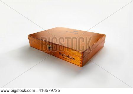 Bangkok, Thailand -august, 2020: Photo Of A Box Of Cigars Cohiba, Habana Cuba Esplendidos .cohiba Is